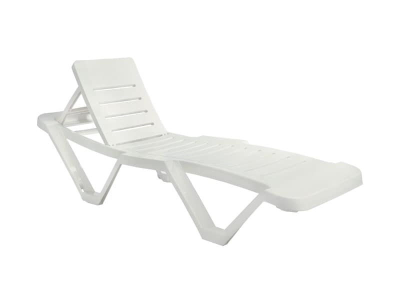Mastro, Stackable sunlounger made of plastic