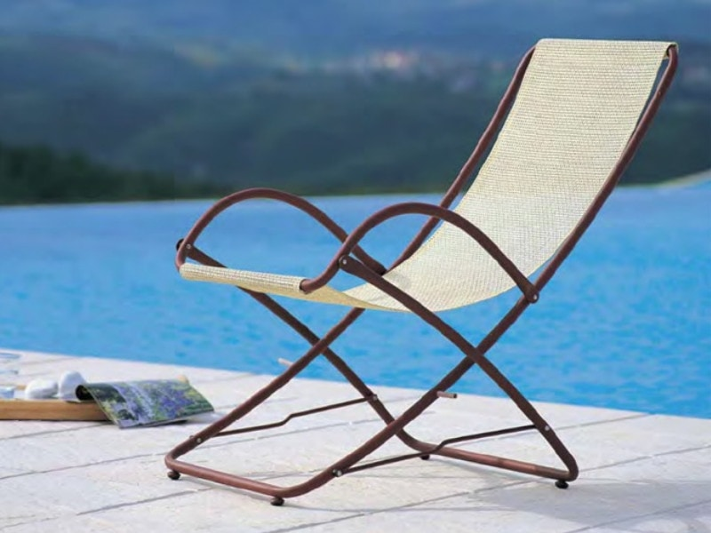 Taormina, Outdoor deck chair with armrests