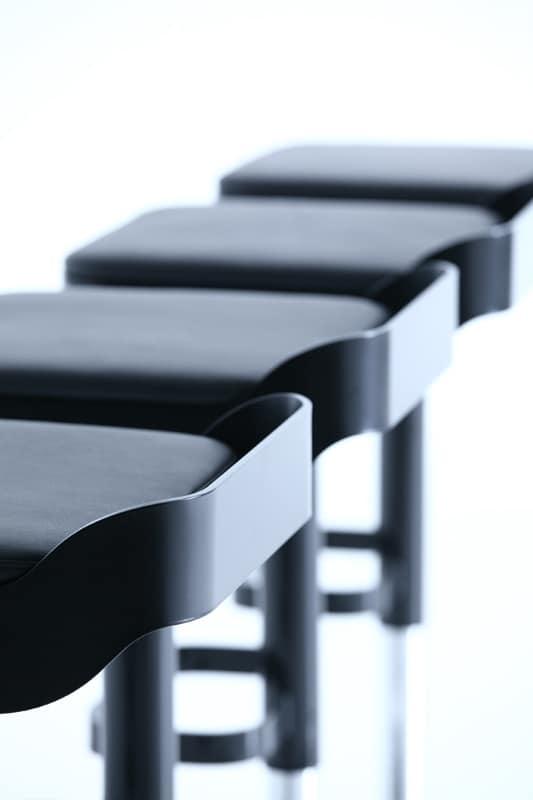 Belt, Swivel stool, padded seat, adjustable height