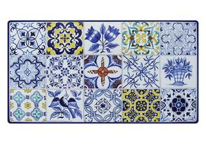 Azulejos, Table inspired by Portuguese majolica tiles