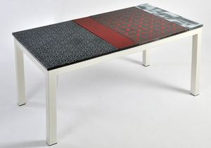 Colorado App105, Table with modular top