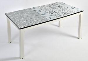 Colorado App107, Table in ceramic lava stone