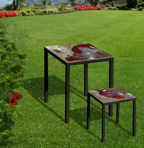Red Rocks, Ceramic lava stone table