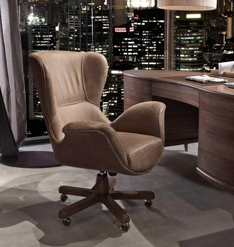 Monteverdi desk, Desk with rounded design