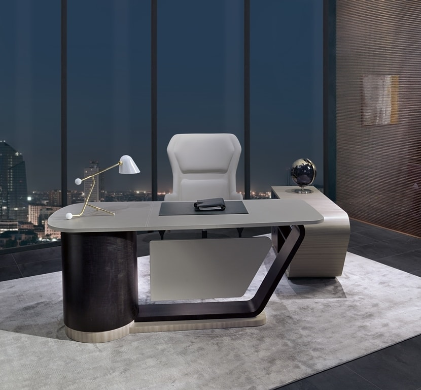 SC30 Century desk, Desk with leather top