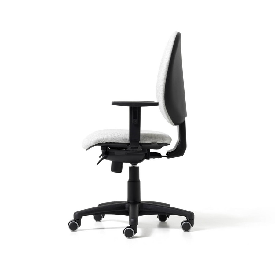Bingo, Task chair with lumbar support integrated
