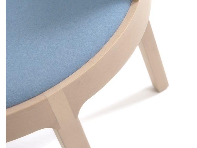 Aro 695T, Armchair with round seat
