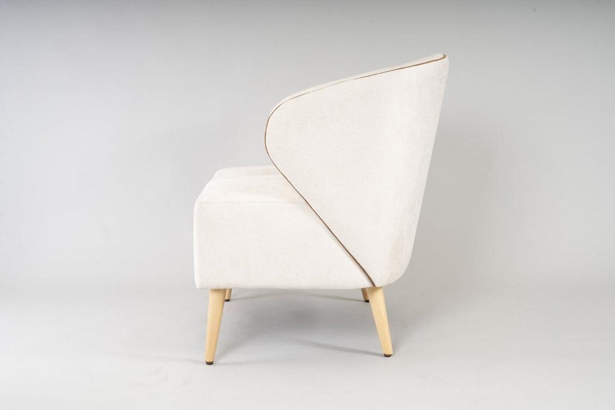 BS468P - Armchair, Enveloping armchair