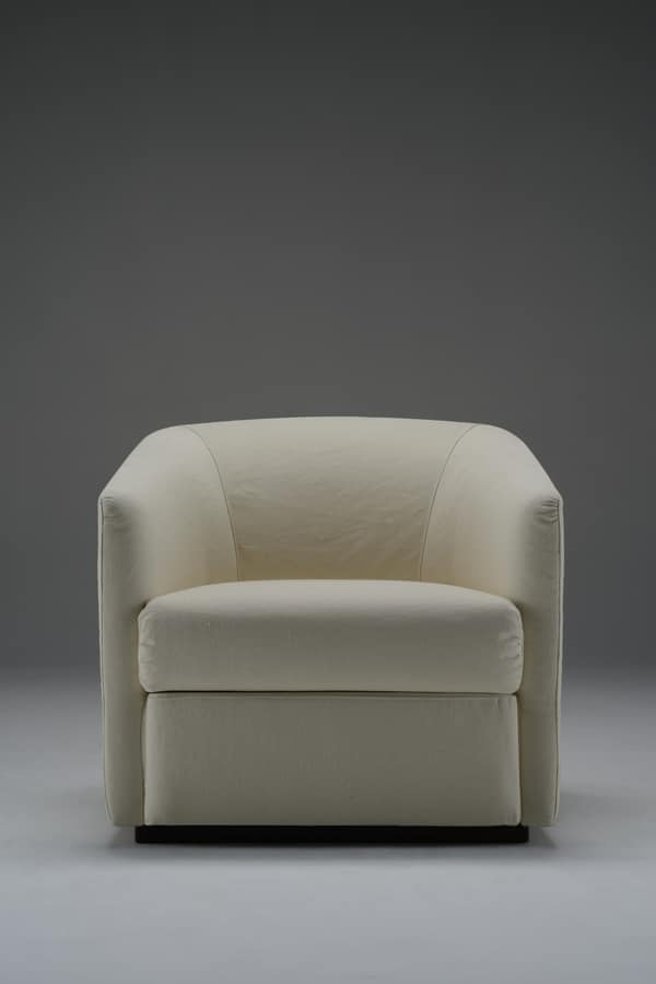 D'Orsay, Armchair covered with removable fabric