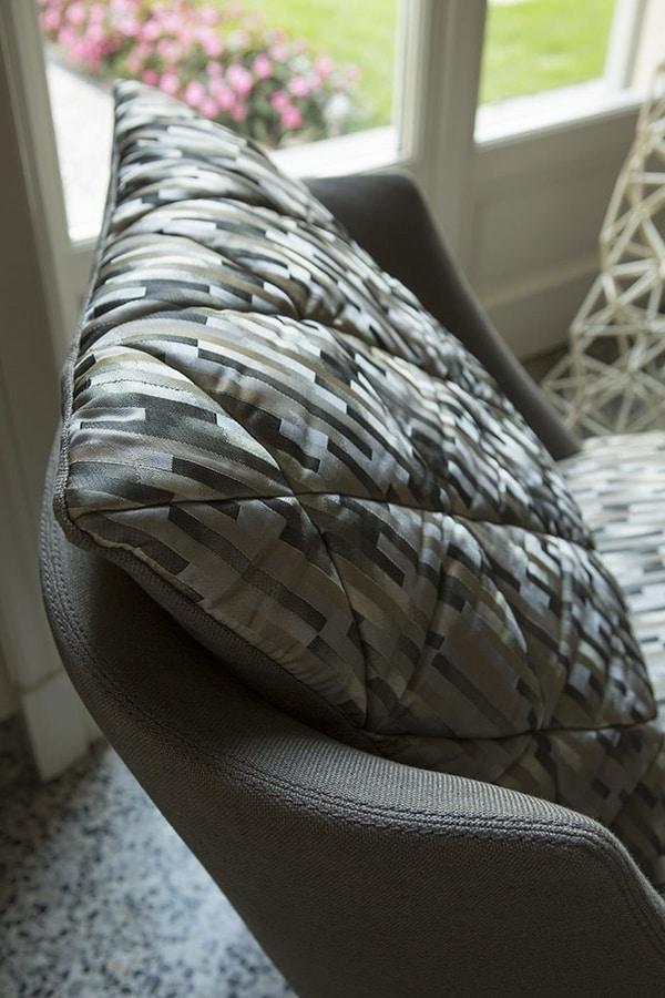 Grace, Refined armchair