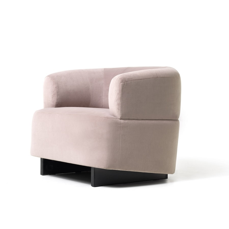 Loft armchair, Armchair with sinuous and elegant lines