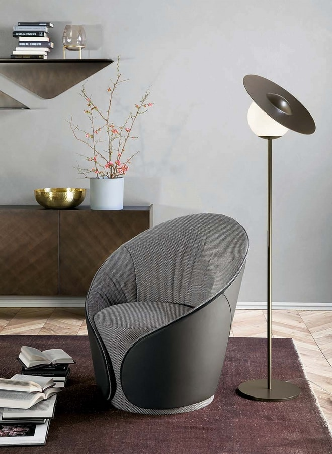 MAMA  armchair, Armchairs entirely upholstered in leather or eco-leather