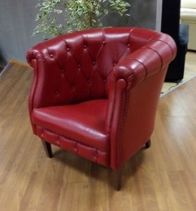 Pozzetto armchair, Cockpit armchair with a classic design