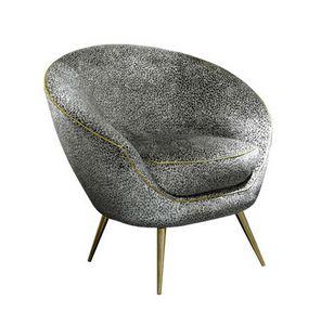 Tonda, Four-legged armchair