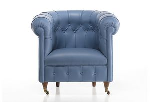 725, Classic style armchair, covered in leather, with castors