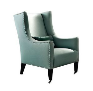 Amarillis, Classic armchair with nails