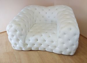 Catia armchair, Tufted armchair in white eco-leather