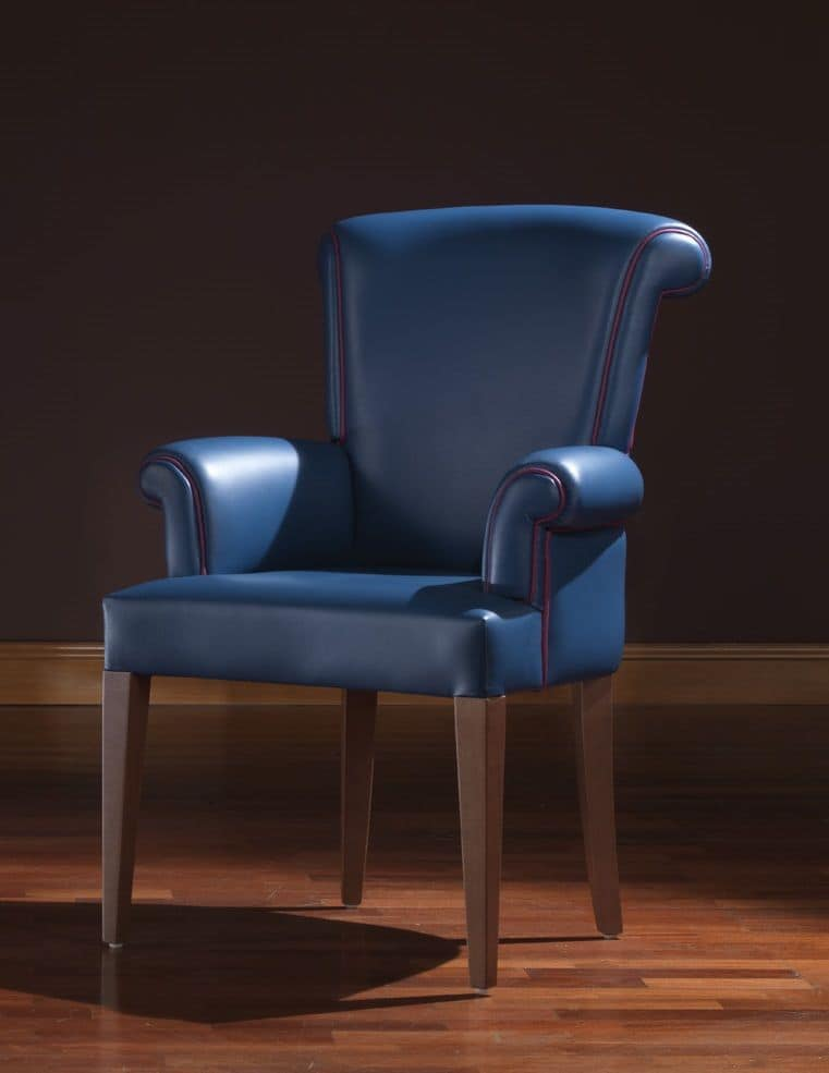 Clio, Classic armchair ideal for residential use