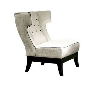 Isotta, Armchair with a classic design and an enveloping backrest