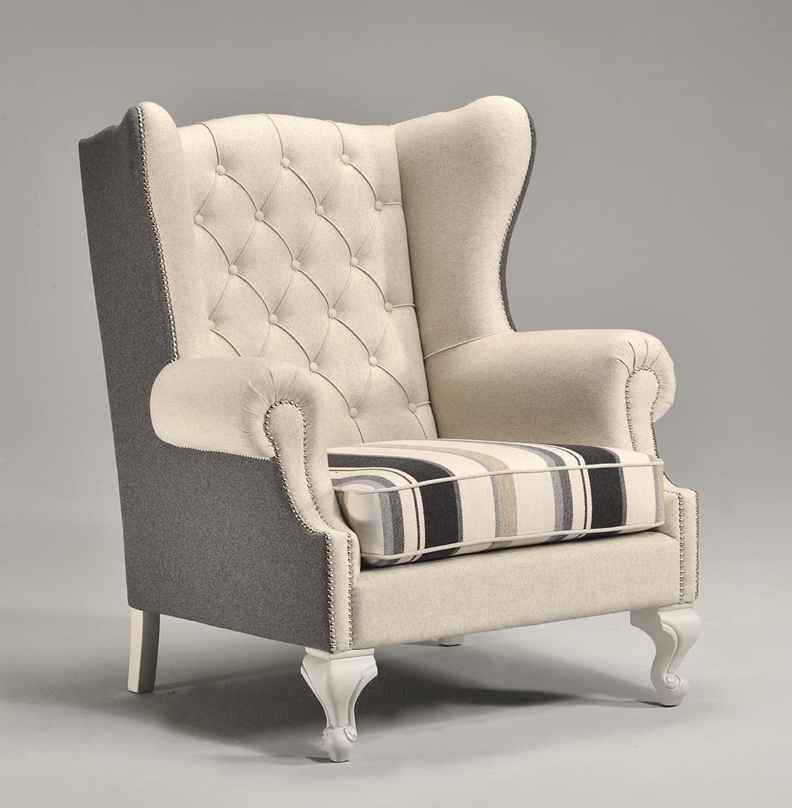 Luxurious armchair, high quilted back, for villas | IDFdesign