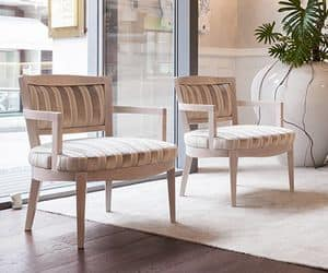 Madame, Armchair in solid beech, plain or tufted backrest