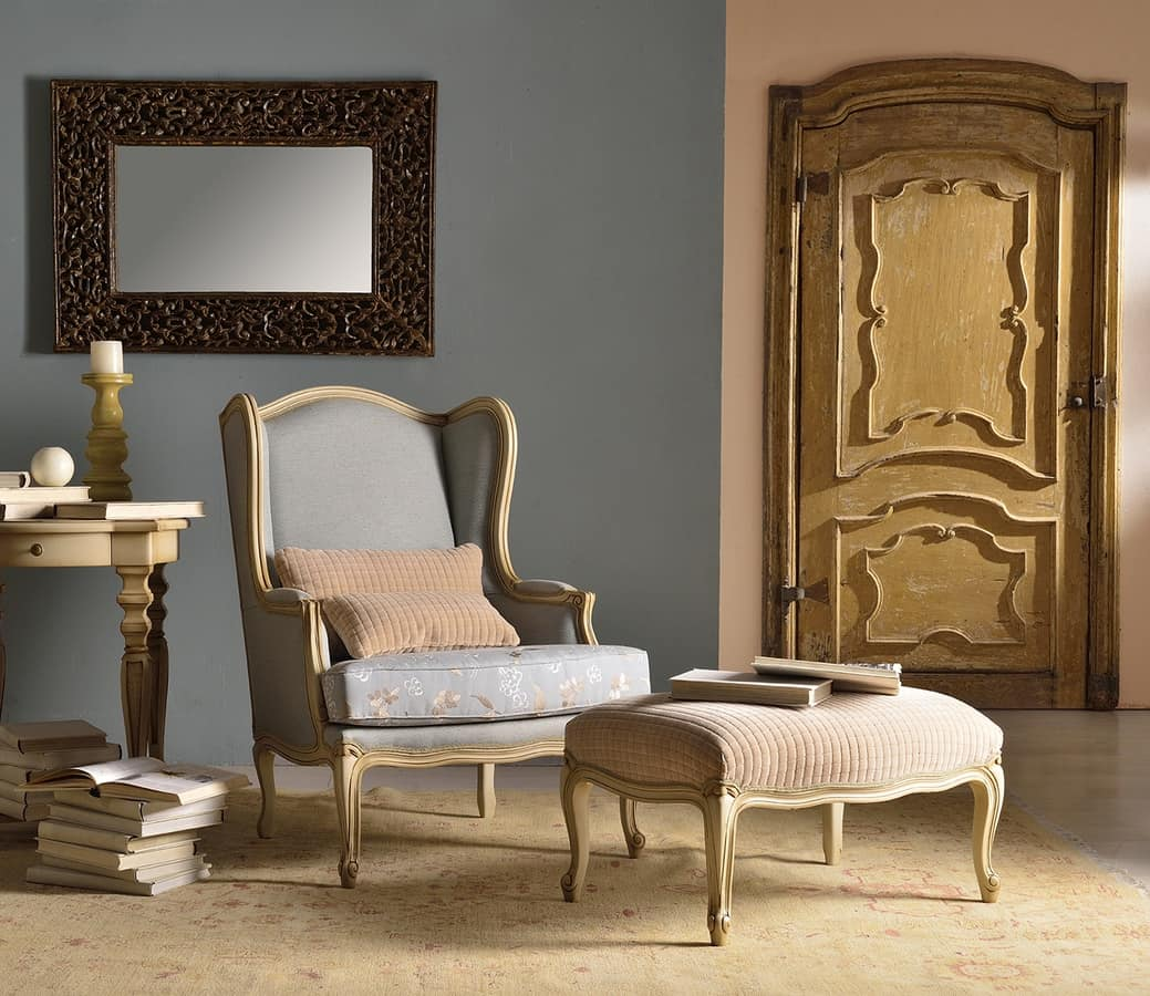 MARJA armchair 8642A, Armchair of great impact, in decorated wood, for sitting room