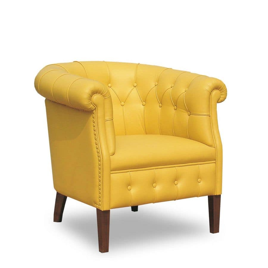 Rebecca, Armchair with leather covering suited for classic style environments