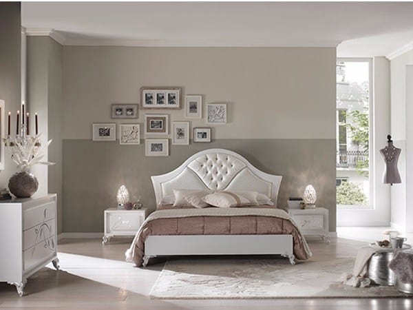 Camelia bed, Elegant wooden bed with white finish