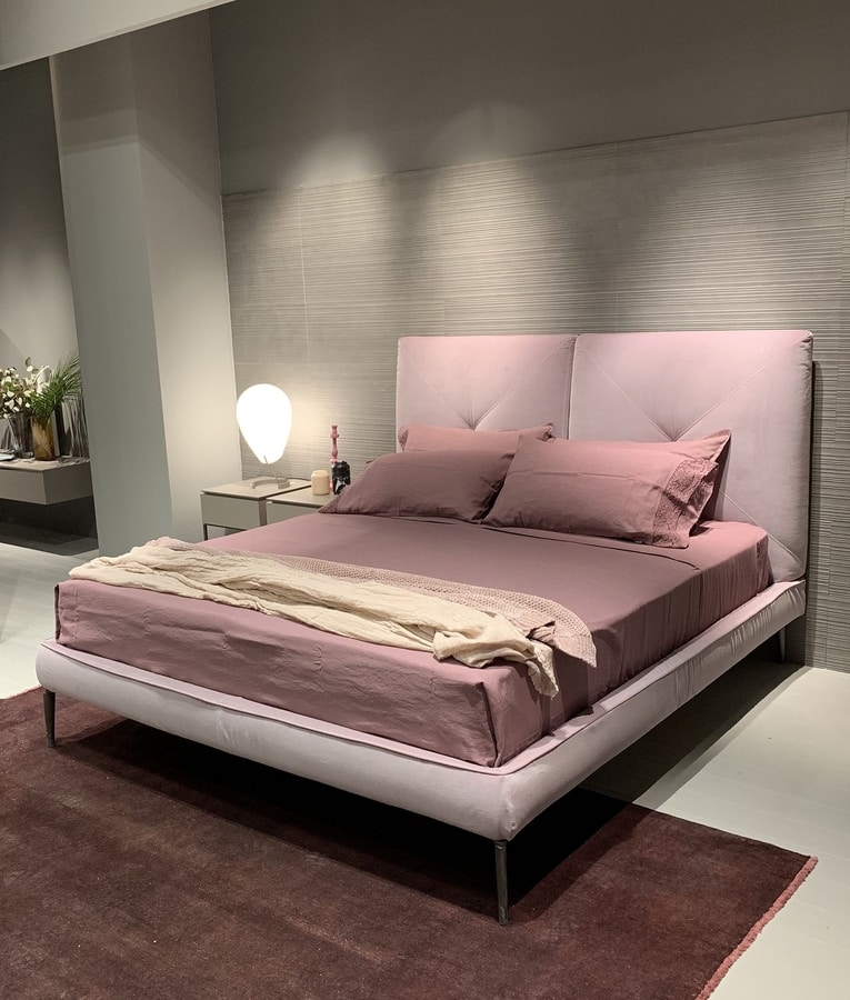 CHARLOTTE comp.02, Contemporary style bed