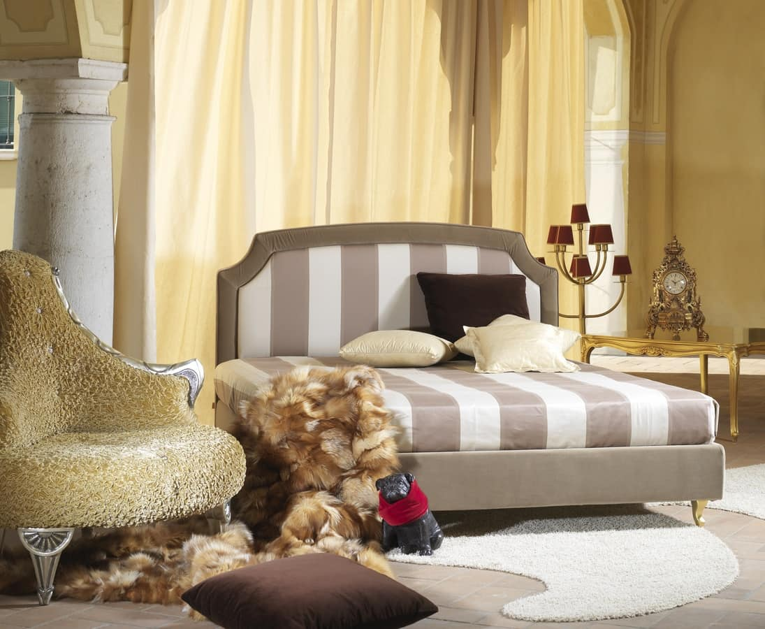 Elisabetta, Padded bed, in classic style