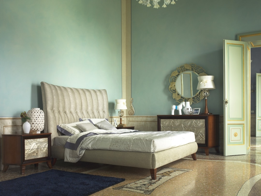 Grand Etoile Art. GE015/A/L, Upholstered bed with important headboard