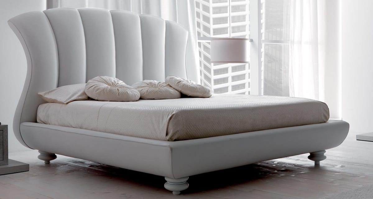Leon Art. 915, Padded bed, with customizable upholstery
