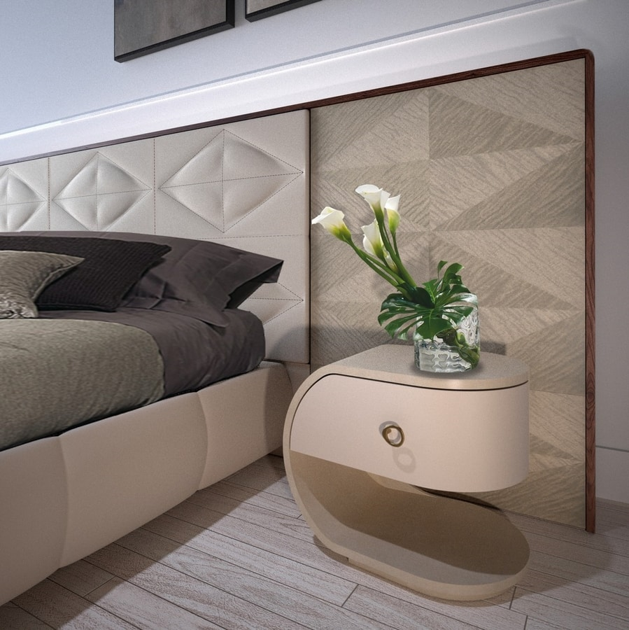 LEP14 Lux Chic bed, Bed characterized by the geometry of the lines