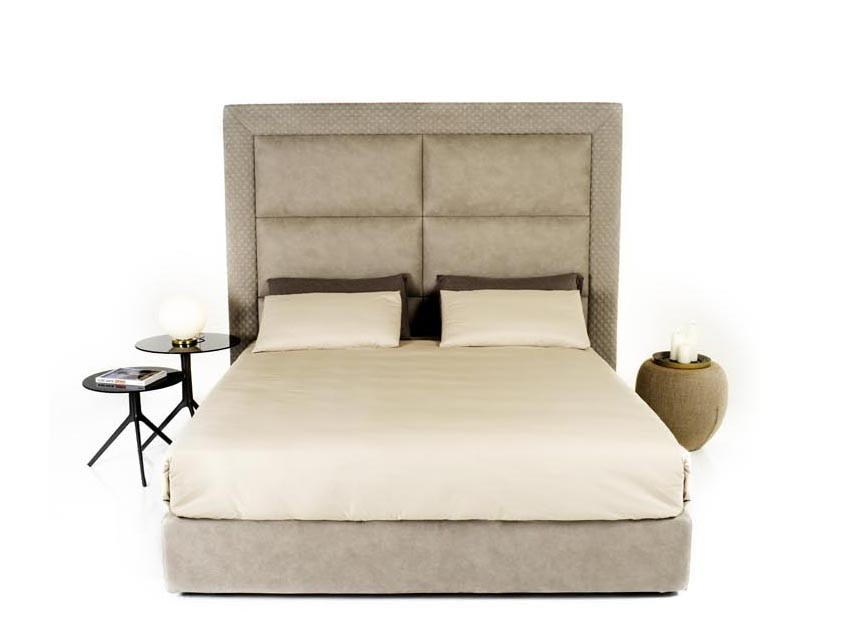 Paul, Bed with high quilted headboard