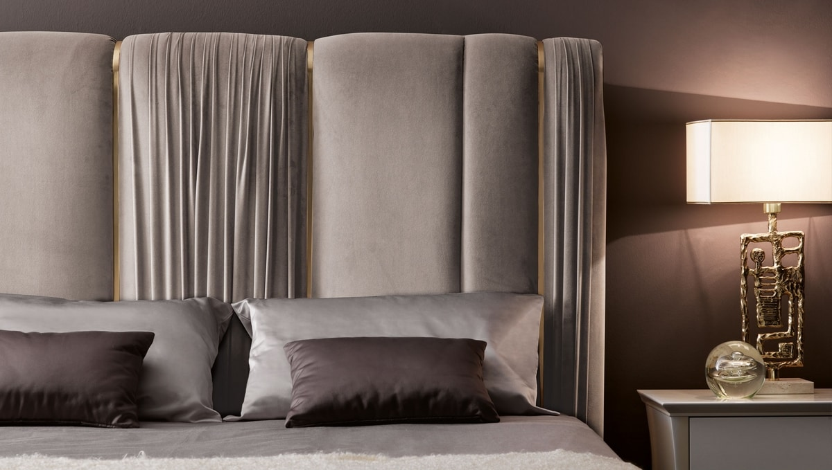 Rubens Art. 959 - 958-P, Bed with a mix of ruffled fabrics