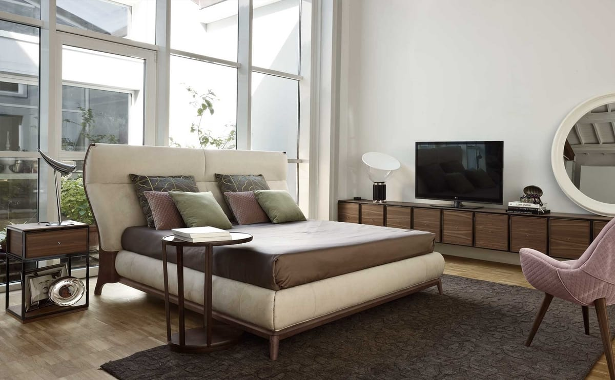 Sabrina letto, Contemporary style bed with leather upholstery