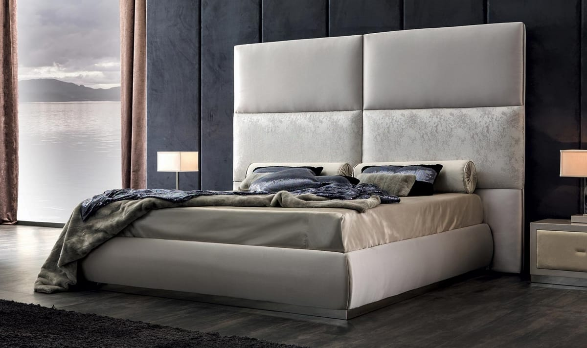 Thara Art. 946, Padded bed with high headboard