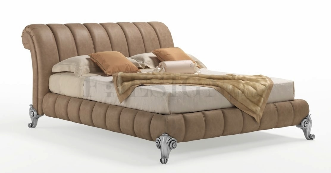 Vanto, Bed with padded structure