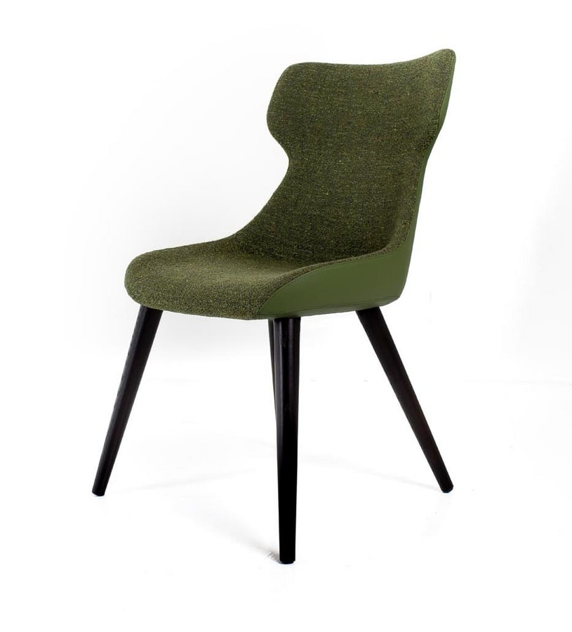 Camila, Chair with a refined design