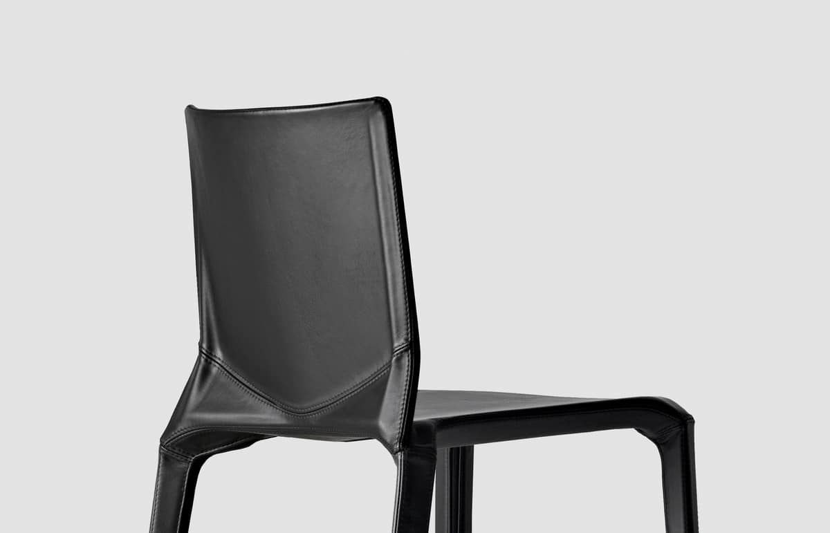 Plana Upholstered, Chair in polypropylene, all covered in fabric