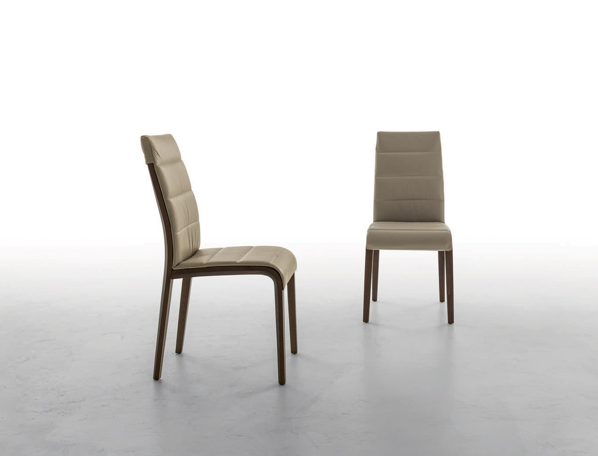 PORTOFINO, Wooden structure chair covered in leather