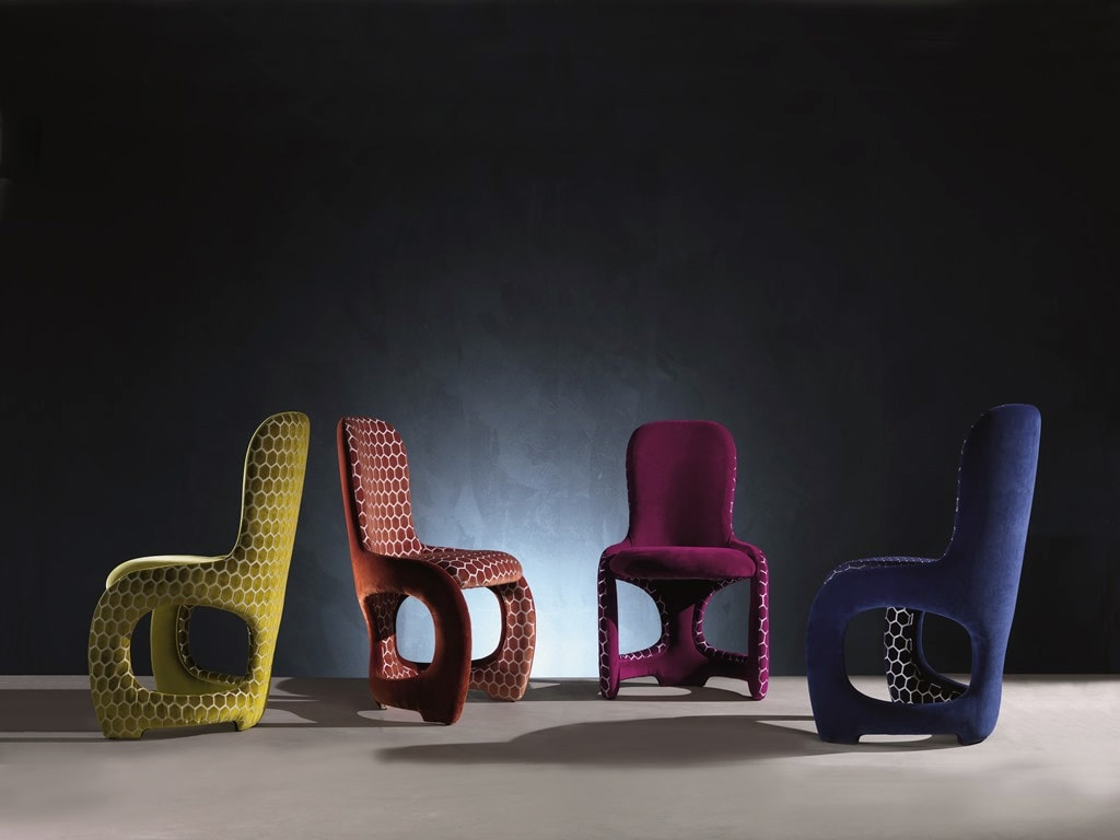 SE48 Venere chair, Comfortable chair with curved lines, fully padded