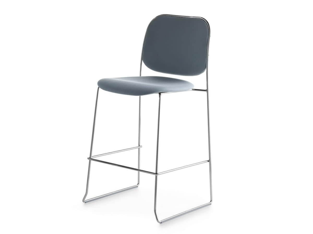 Bay 65 CS/FU, Stackable padded stool