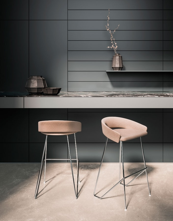 Kimmi, Stool with soft and welcoming shapes
