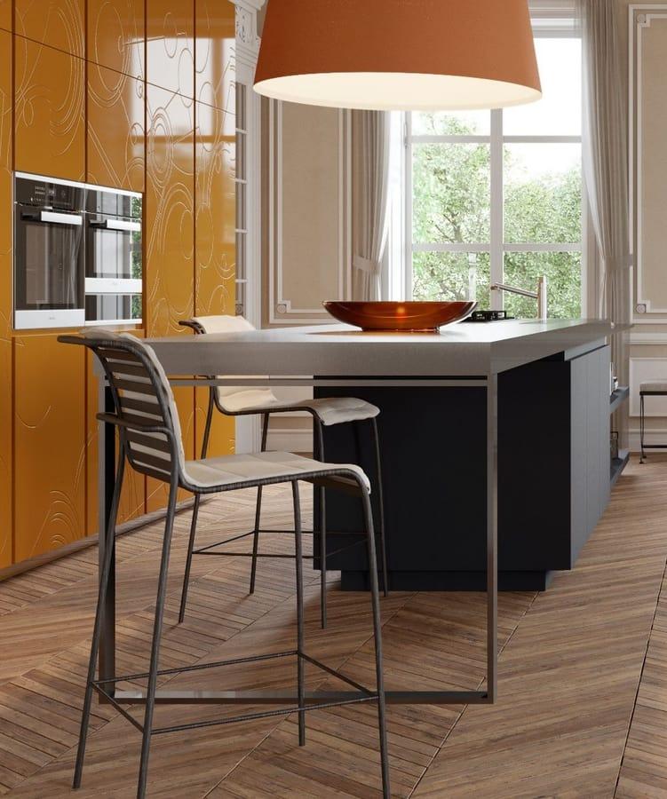 Nash, Iron stool for kitchen