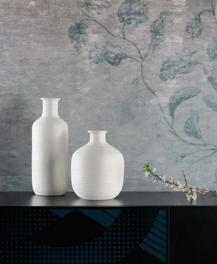 STRIPE, Decorative vases with striped textures