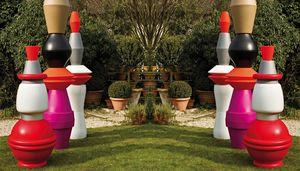 Vas Three, Modular planters for outdoor use