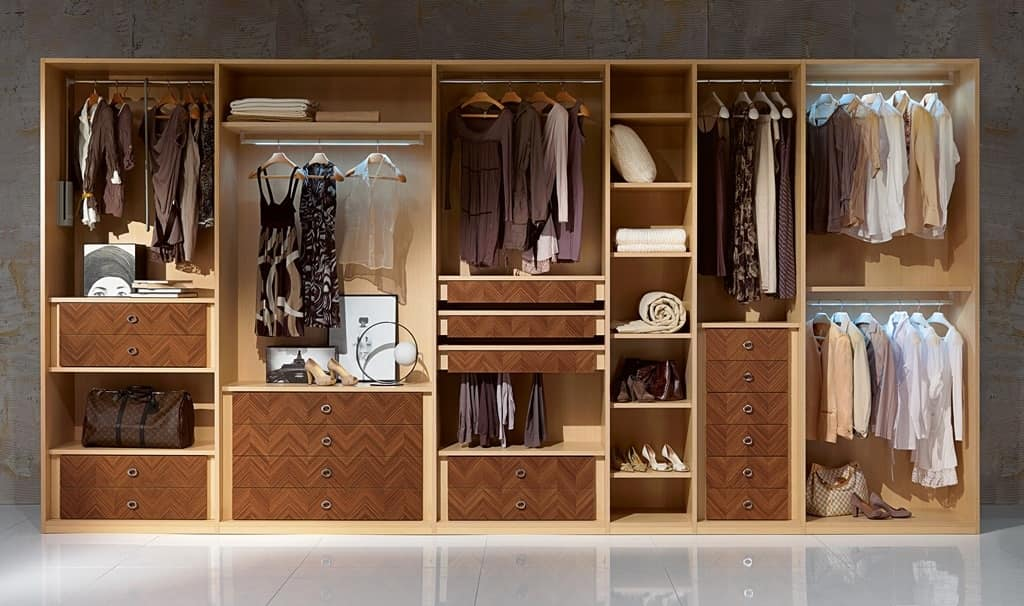 AR26 Desyo wardrobe, Walk-in closet with hangers, drawers and shelves