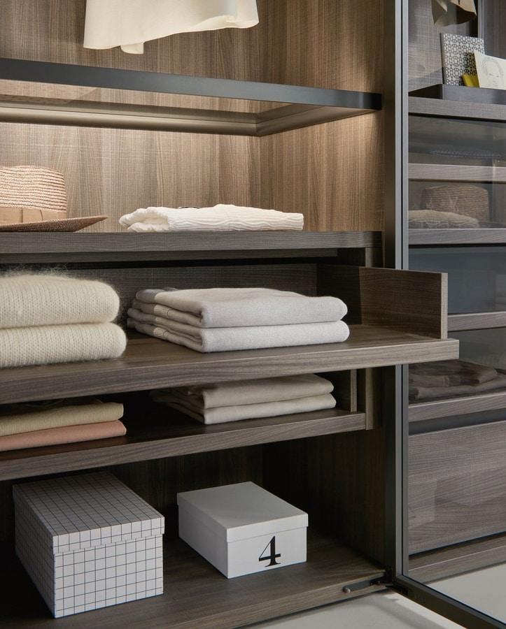 Bellavista, Walk-in closet with customizable accessories
