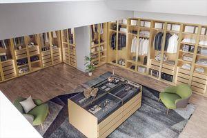 Honeycomb wood walk-in closet 03, Walk-in closet with island cabinet